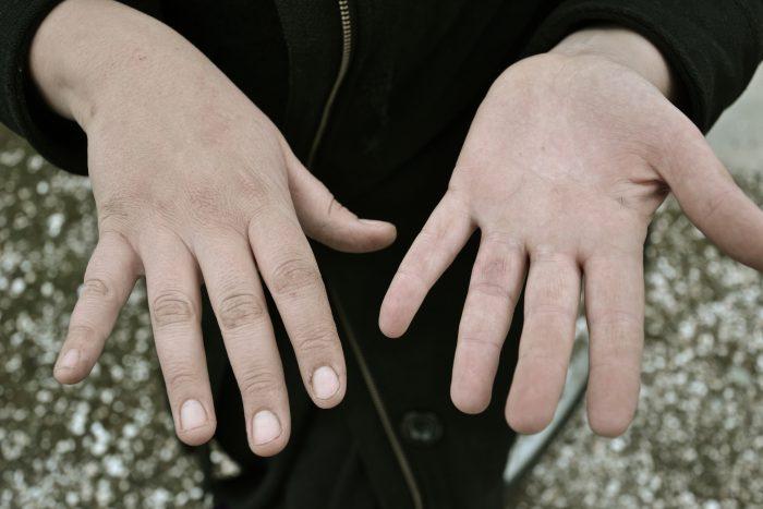 stock images daniel baylis hands